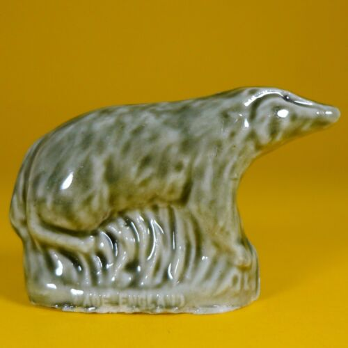 Set #4 British Wildlife Series -Green Badger Tom Smith Wade Whimsies 1980//81