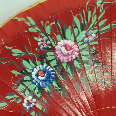 Coraggioso Ventaglio In Legno Dipinto A Mano Con Materiare Tela,colore Casuale Immag.casual Aiutare A Digerire Cibi Grassi