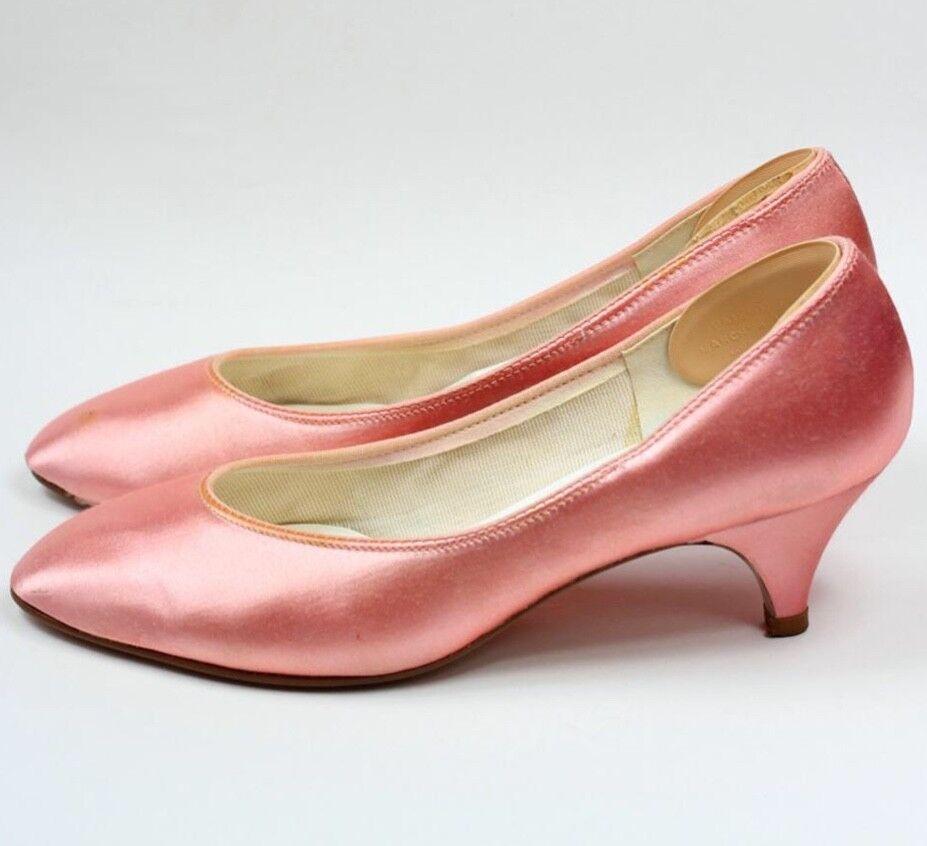 profitto zero GORGEOUS rosa SATIN KITTEN KITTEN KITTEN HEEL VINTAGE scarpe TOUCHUPS BY WALK OF BOSTON 7N  buona qualità