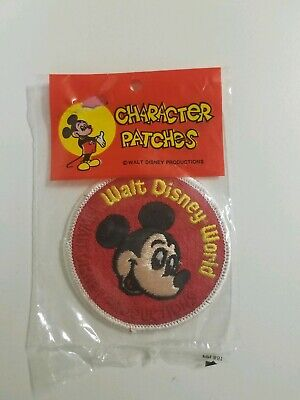 5 Walt Disney Iron on PatchesNew older stockSewing suppliesFree shipping