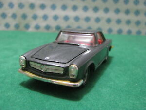 Vintage - Mercedes-benz 230 Sl Hard Top 2300cc.   1/43 Politoys-m503