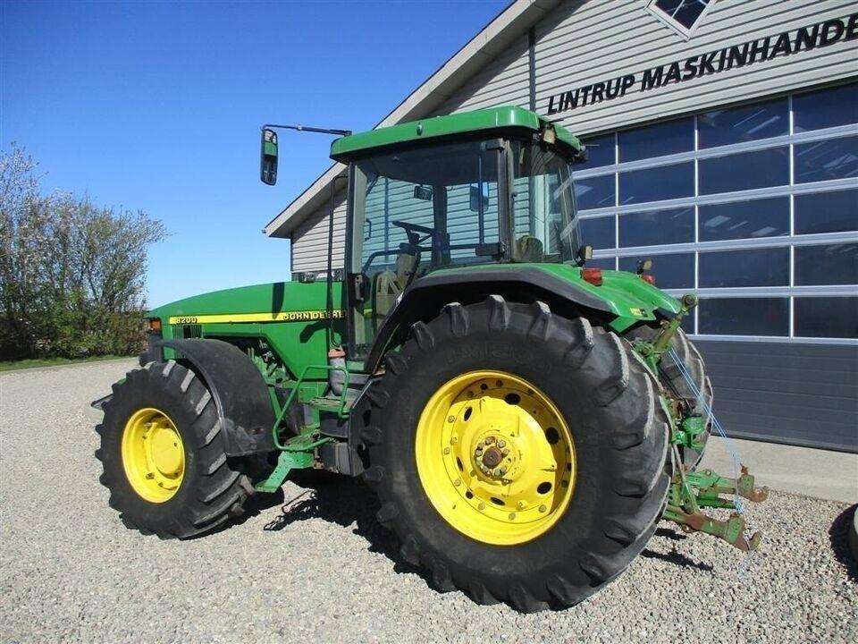 John Deere, 8200 8.1 L Motor, timer 13893
