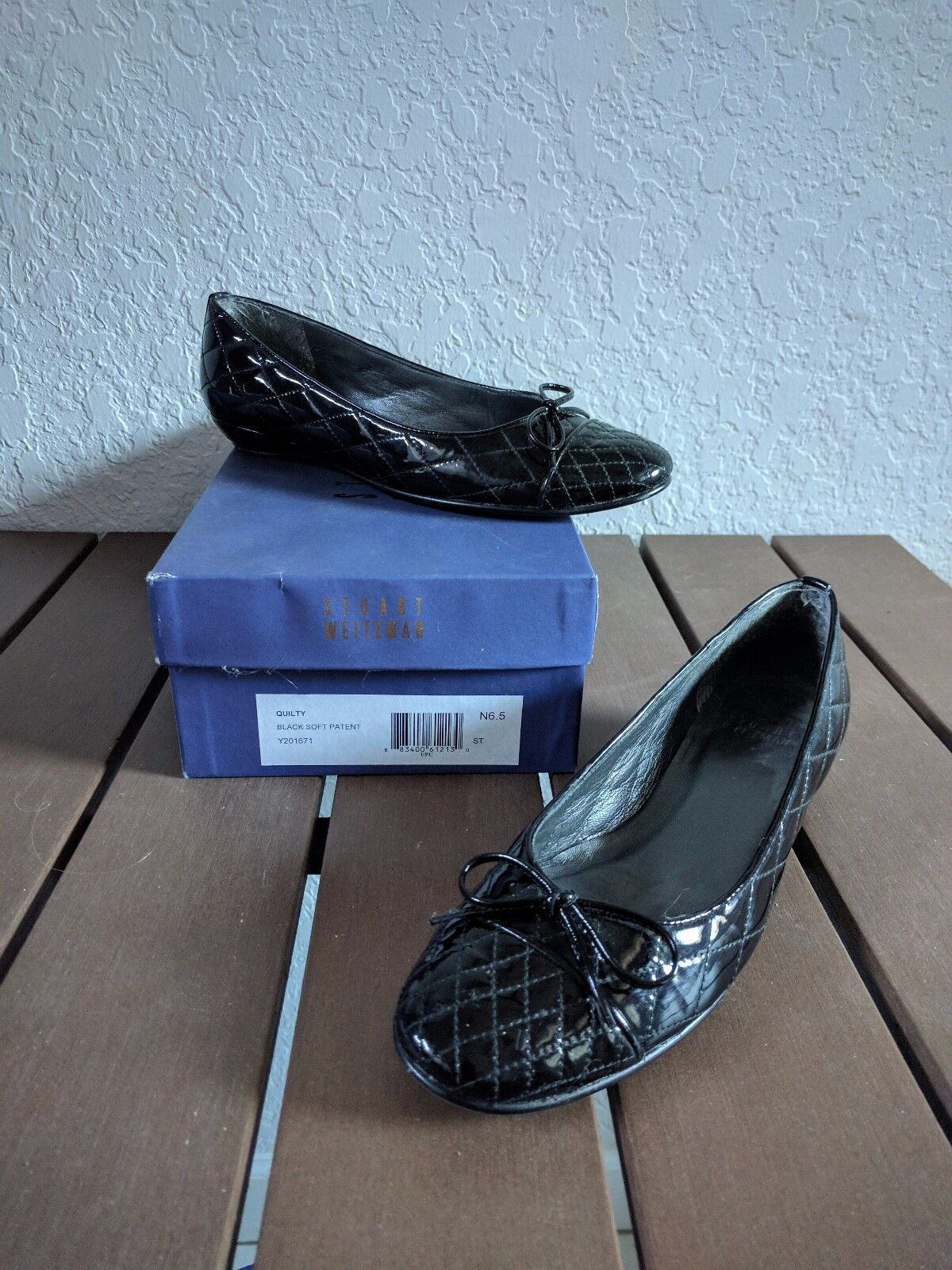 STUART WEITZMAN Women's  QUILTY  BLACK SOFT PATENT Size 6.5N NARROW