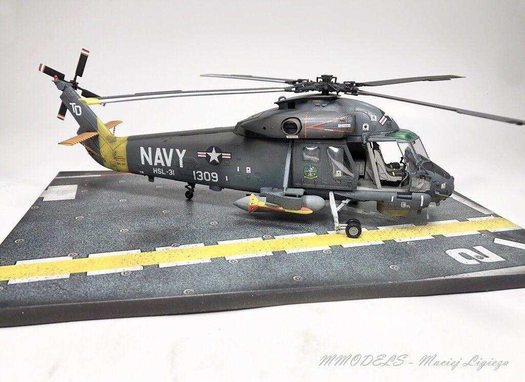 SH-2 F Seasprite - 1 48 gebaut und gemalt (Pro Built Model)