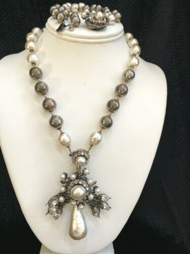 1950s MIRIAM HASKELL White & Silver Baroque Pearl/