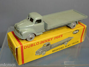 Dinky    Modèle No.066 Camion Plat Bedford Vn Mib  dublo