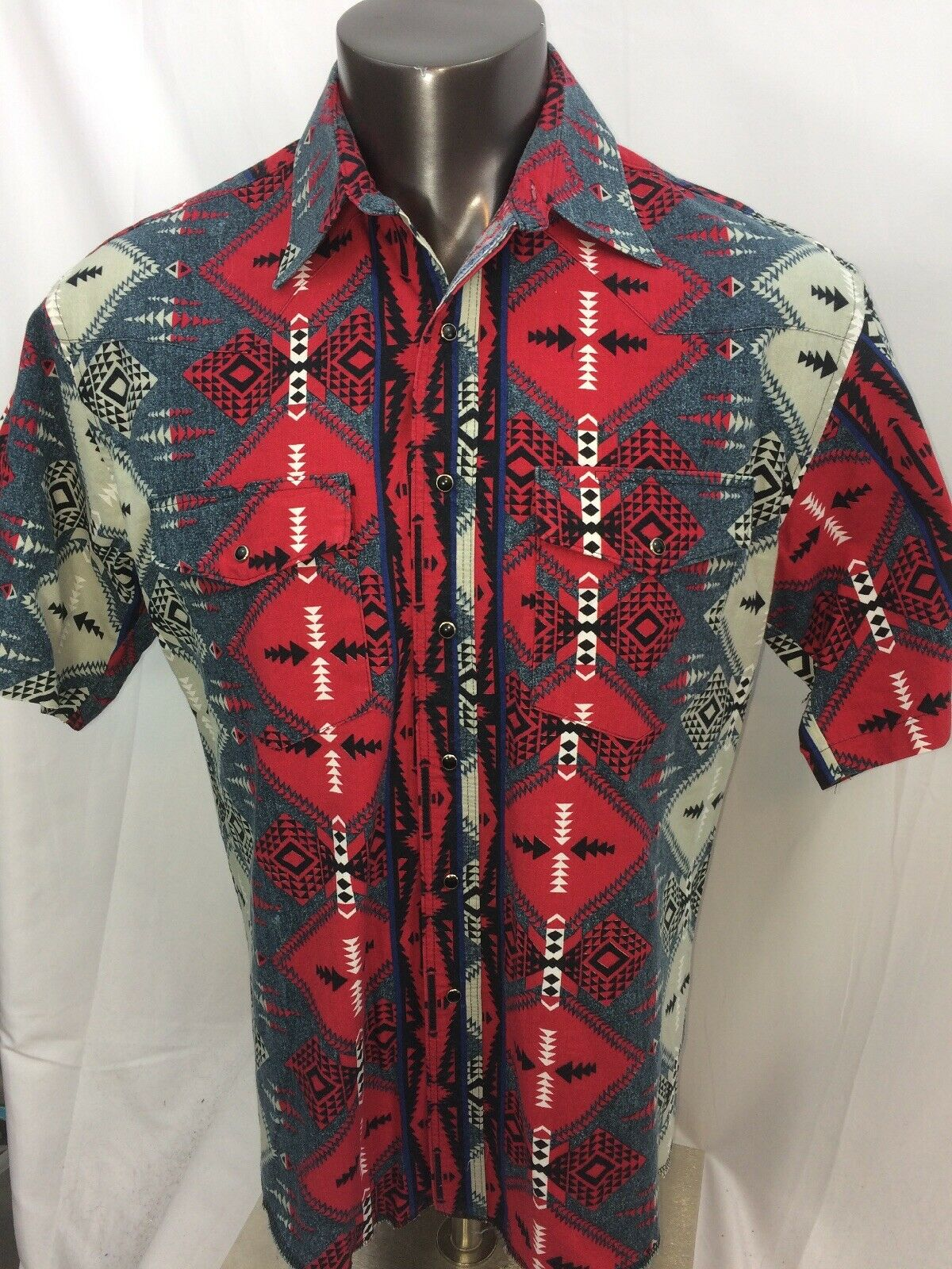 Mens Vintage Wrangler Aztec  S S Shirt Size 16.5 X-Long Tails