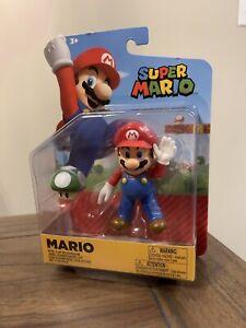 SUPER MARIO 4 Articulated Mario Action Figure with Super Mushroom