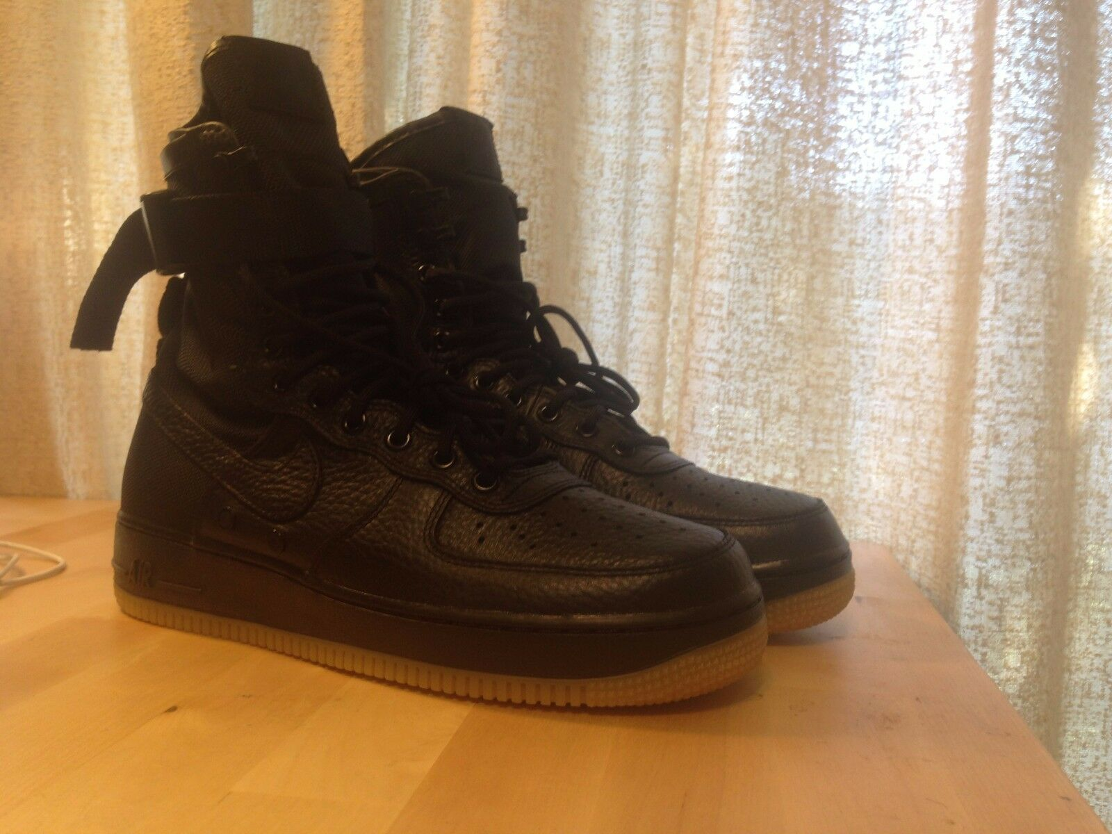 pretty nice 40c1f 448bb Brand NEW MENS Nike SF AF1 Black Black Black   Gum Bottom Size 8.5 100%