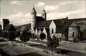 Bad-Gandersheim-Harz-s-w-AK-1950-60-gelaufen-Wilhelmsplatz-mit-der-Stiftskirche