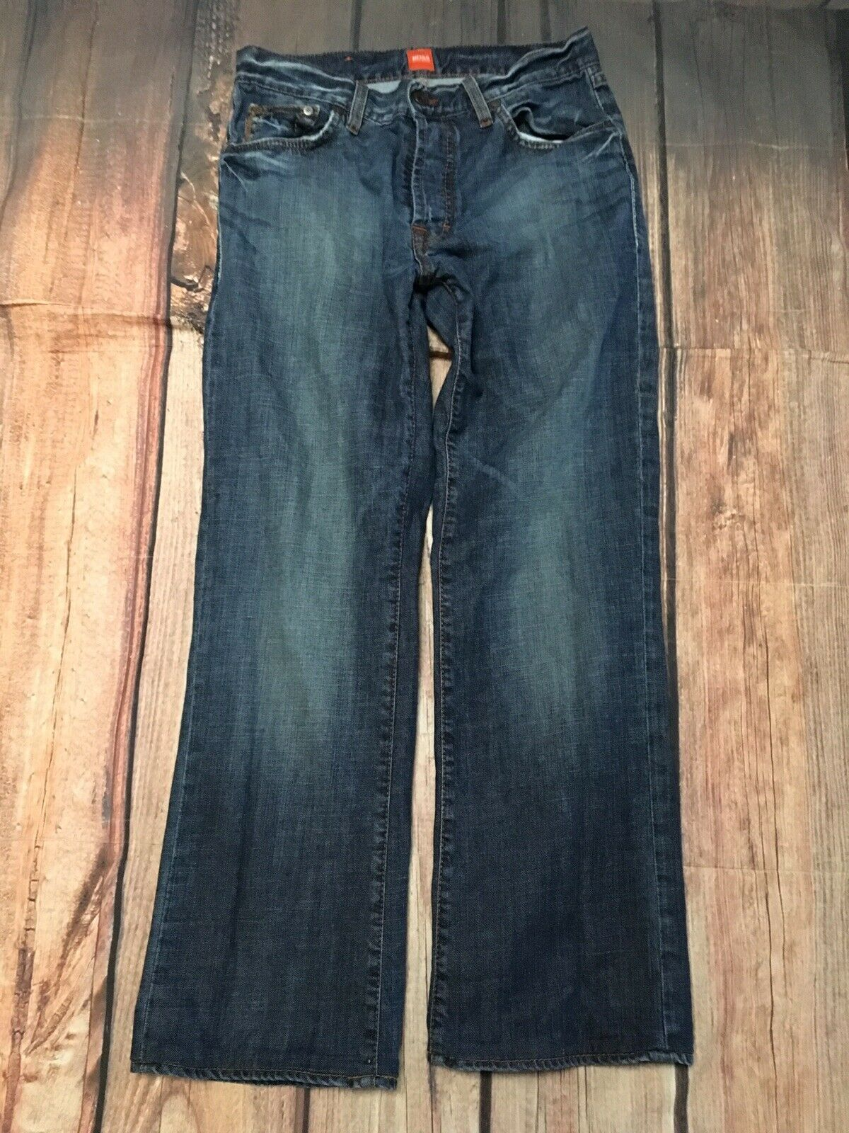 Mens HUGO BOSS HB31 Original Medium wash bluee Jeans W 32 x  L 34 With Button Fly