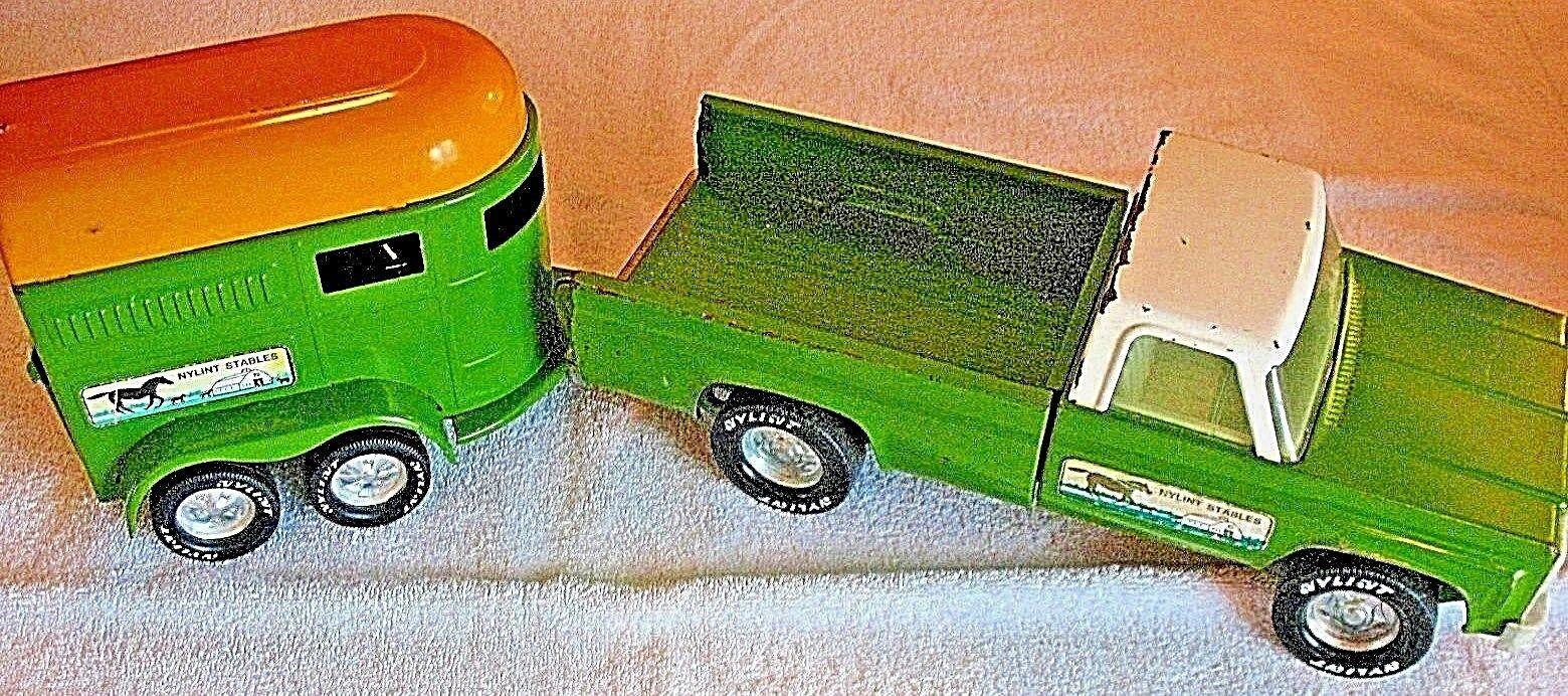 Nylint establos Raro década de 1970 Chevy Pickup con difícil encontrar Remolque De Caballos