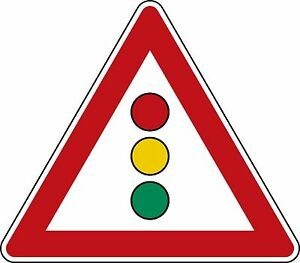 Verkehrszeichen-131-Achtung-Lichtzeichenanlage-in-630mm-amp-900mm-SL-nach-StVO