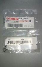 Yamaha RD350LC 1UA 1WT 31K 29L 48H 38K 57V F2 GENUINE VACUM PIPE CLIPS 2PCS