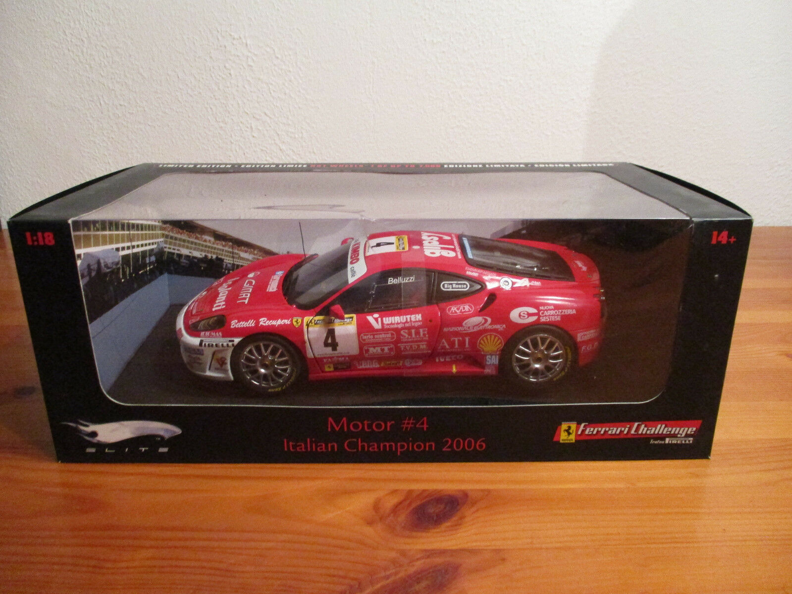 (') 1,18 hot wheels elite ferrari motor   4 italienische meister 2006...