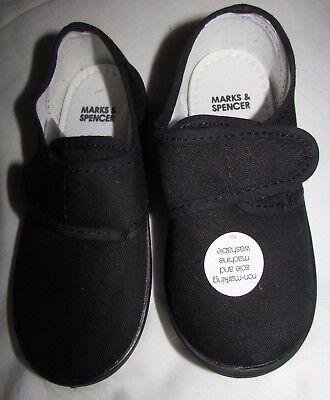 NEW KIDS BLACK PLIMSOLLS GYM SHOES UK SIZE 7 EUR 24 MARKS & SPENCER NON MARKING