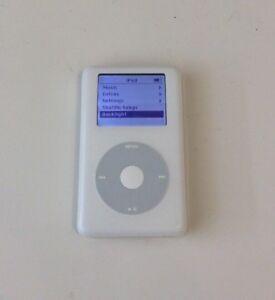 Apple-iPod-Classic-4th-Generation-White-20-GB-A1059-M9282LL-Good