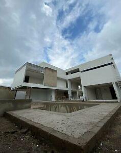 Impresionante propiedad en preventa dentro de  Ayamonte Residencial