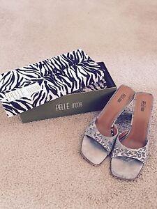 PELLE-MODA-Brown-Leopard-Jean-Print-open-toe-sandle-size-11