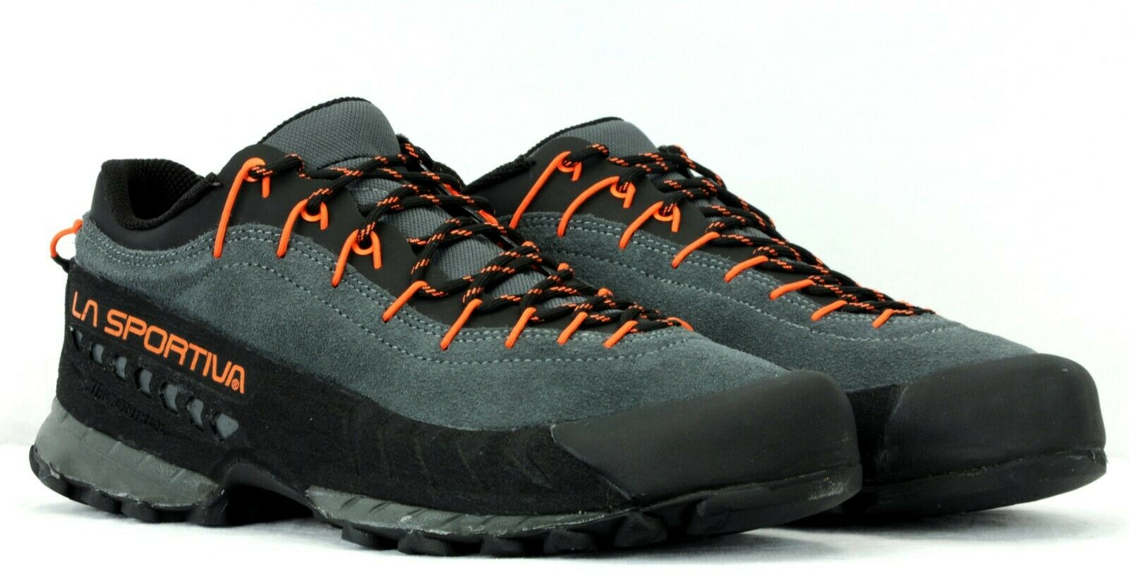 La Sportiva Men's TX4 Hiking Approach shoes 17W Carbon Flame Size 43 - 10 US