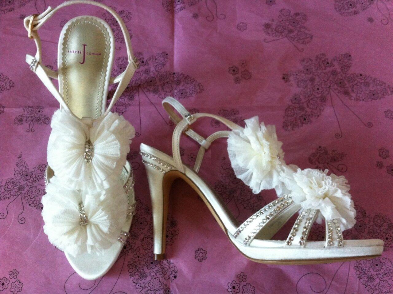 Ivory Satin & Crystal Designer Wedding Bridal schuhe Made With SWAROVSKI ELEMENTS