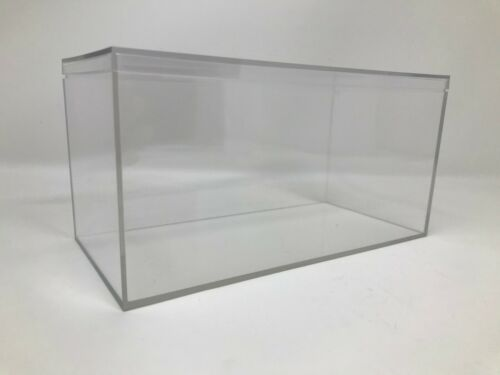 """Clear Display Case//Box New 4/"""" x 8/"""" x 4/""""  Sold from USA"""