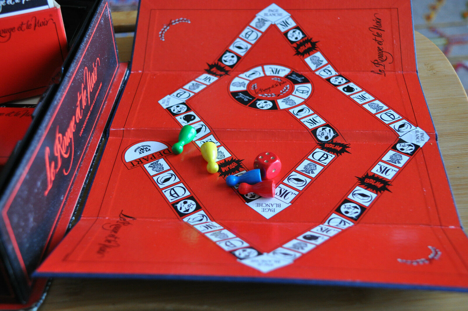 Le Rouge et Le Noir - French Board Game Game Game by Play Bac 1988 52fd5c