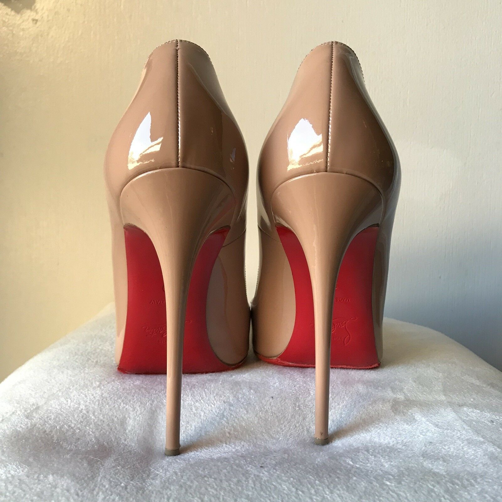 AUTH Louboutin So Kate 39 Nude Patent Patent Patent Gorgeous 4ede9c