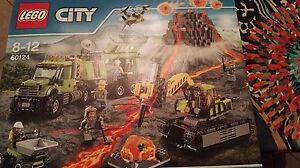 LEGO-City-60124-BASE-DELLE-ESPLORAZIONI-VULCANICA-SET-VULCANO-FUORI-PRODUZIONE