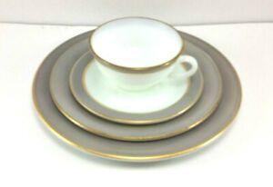 Pyrex Dinnerware 4 Piece Place Setting White Gray Trim Vintage