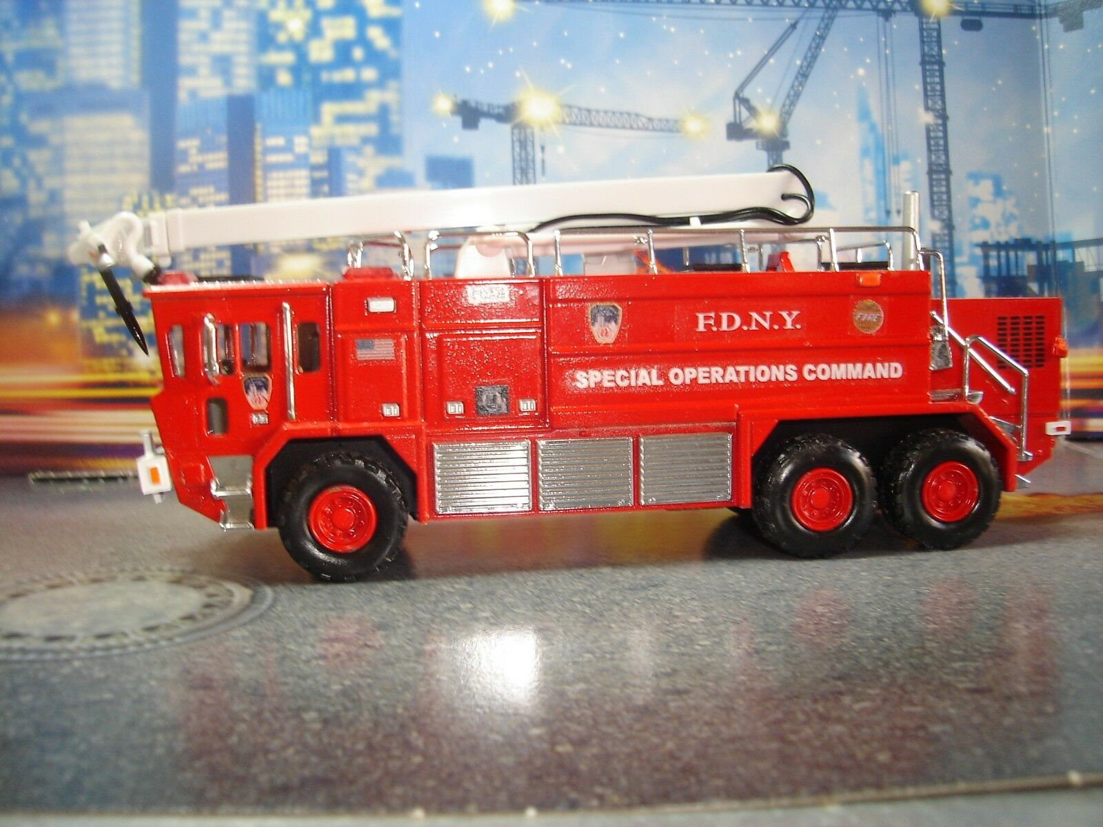 Codice 3 FDNY Kitbash Ops Crash Truck Unit 1 64 scala