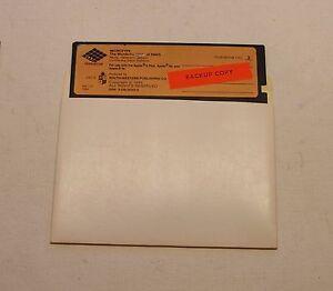 Microtype-Wonderful-World-of-Paws-DISK-for-Apple-II-Plus-IIe-IIc-IIGS-1981