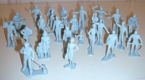 "25pcs - Gray Marx Toys PL-17GR /""Civilian Figures with Motorcycle /"" 1:48 Plastic"