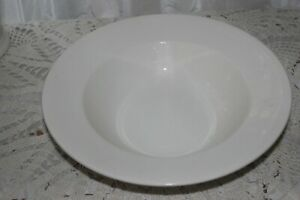 Christopher-Stuart-COSMOPOLITAN-White-HK211-Vegetable-Bowl