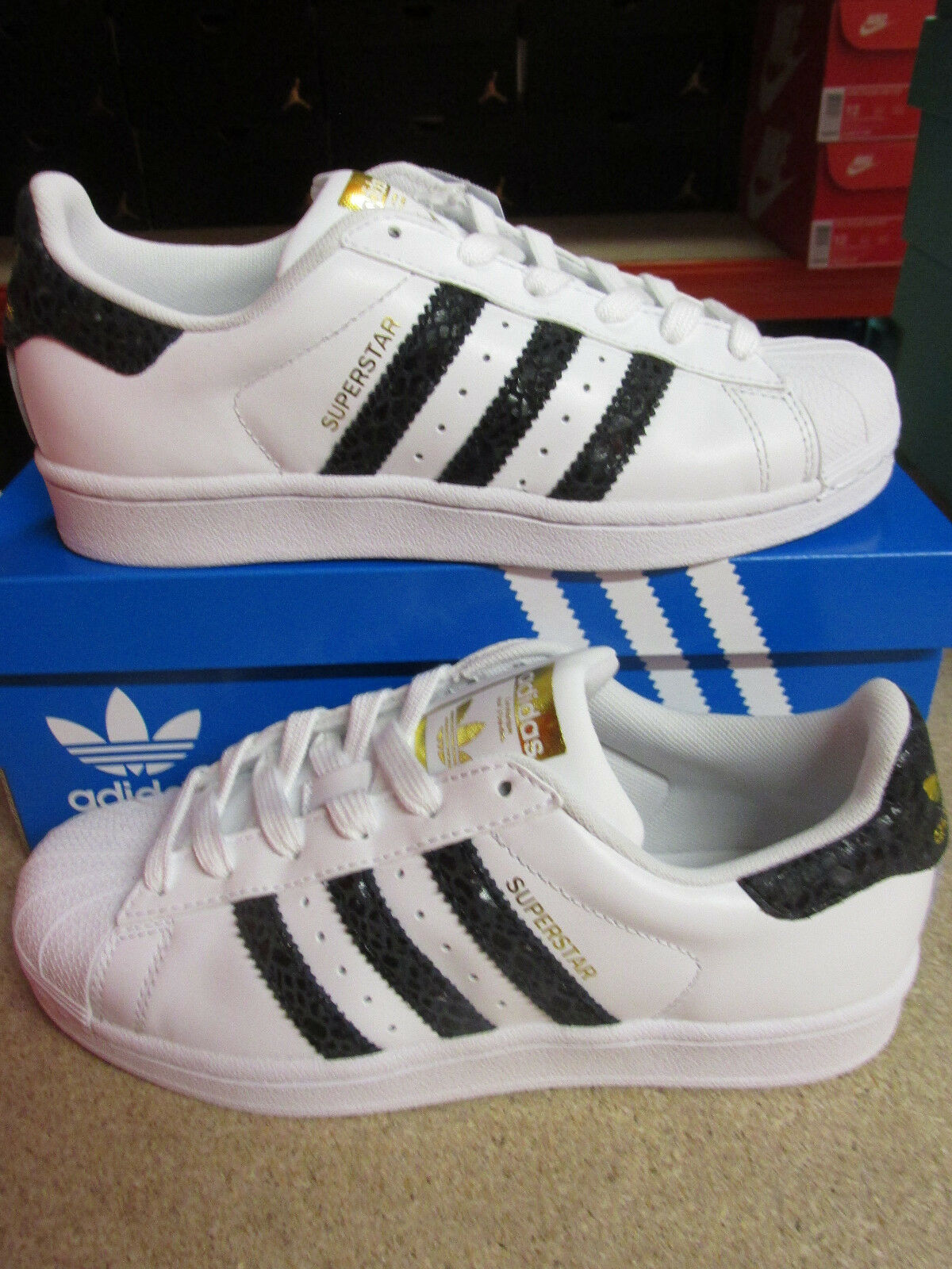 Adidas Originals Superstar Womens S79418 Trainers Sneakers Shoes