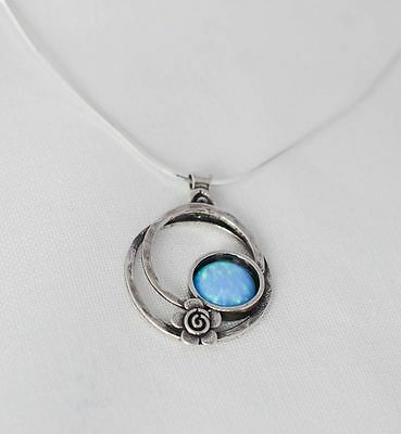 New Ladies Handmade Sterling Silver Real Opal Round Daisy Pendant Necklace