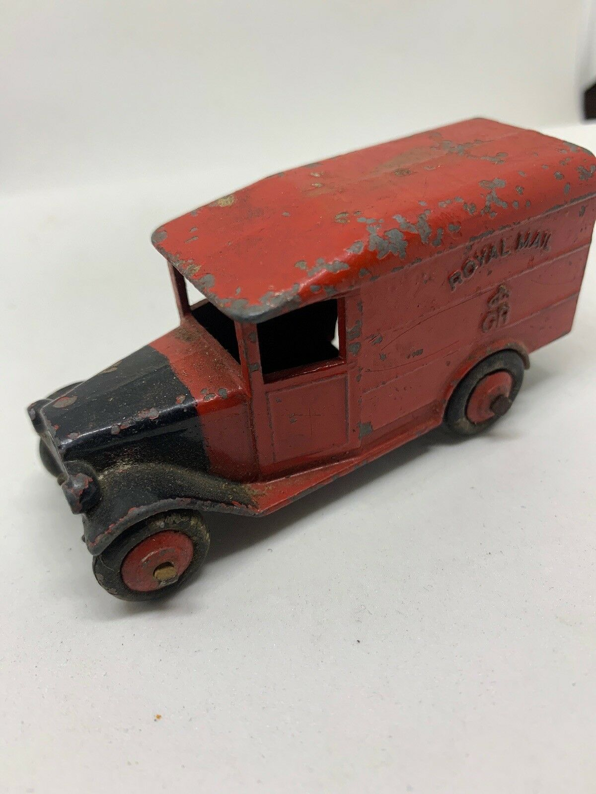 Dinky Toys Pre-war Royal Mail Van With Red Roof And Hubs