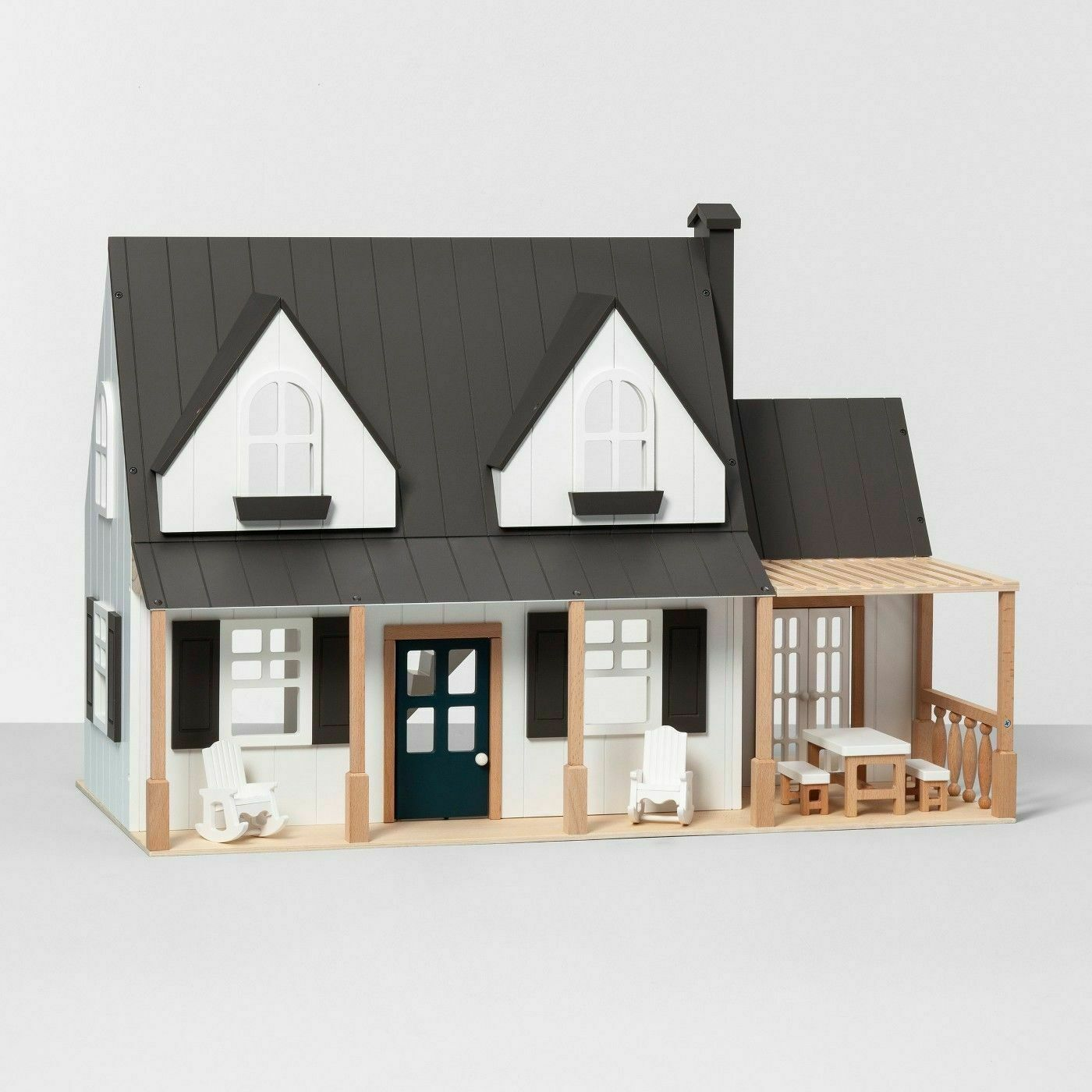 Hearth and Hand Magnolia Wood Wood Wood Toy Doll Farmhouse with Furniture  NEW aac808