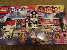 LEGO FRIENDS 41104 - DRESSING ROOM BUILDING KIT - 279 Pieces - NEW IN BOX!