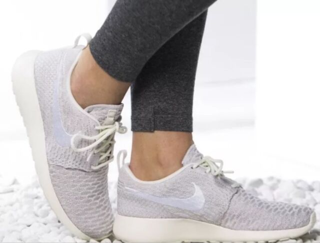 8b9b3c00645 Nike Women s Roshe One Flyknit Shoes Size 12 Sail White String ...