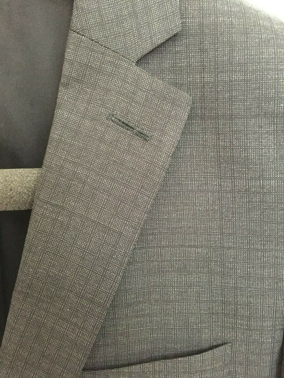 Hugo Boss Suit Jacket - image 2