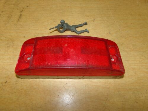 SAE A P2 Grote 9217 Clearance Marker Lamp//Light 88 Dot *Free Shipping*