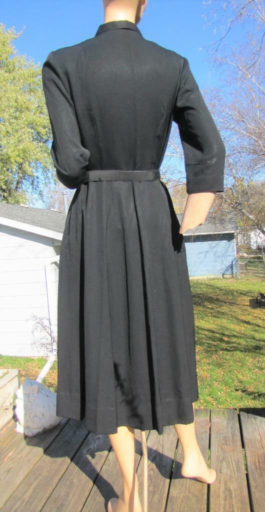 1940s MINX MODES BLACK GABARDINE DRESS W PURPLE C… - image 7