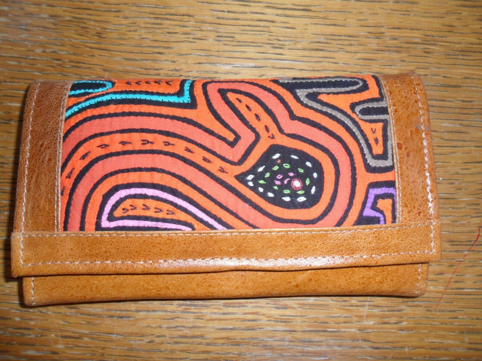 Colombian Leather Wallet Light Brown NEW Free P & P
