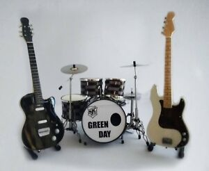miniature guitar bass drum set green day billie joe mike dirnt display ebay. Black Bedroom Furniture Sets. Home Design Ideas
