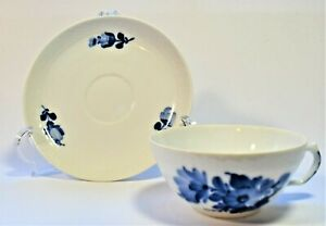 Vintage-Mid-Century-Royal-Copenhagen-Blue-Flower-Teacup-amp-Saucer-1955-Marked