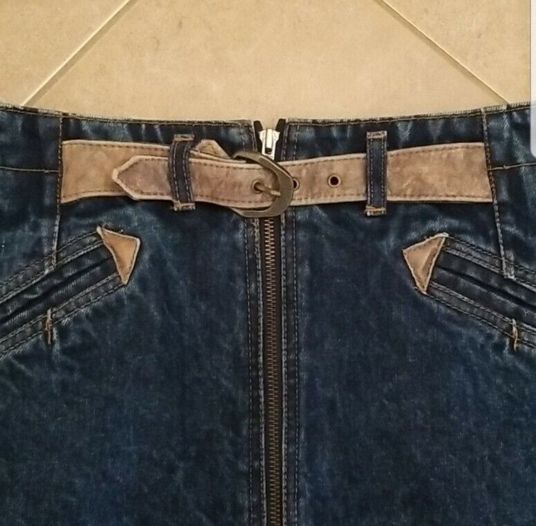 Vintage 1980s/1990s Jean Skirt with Tan Leather B… - image 2
