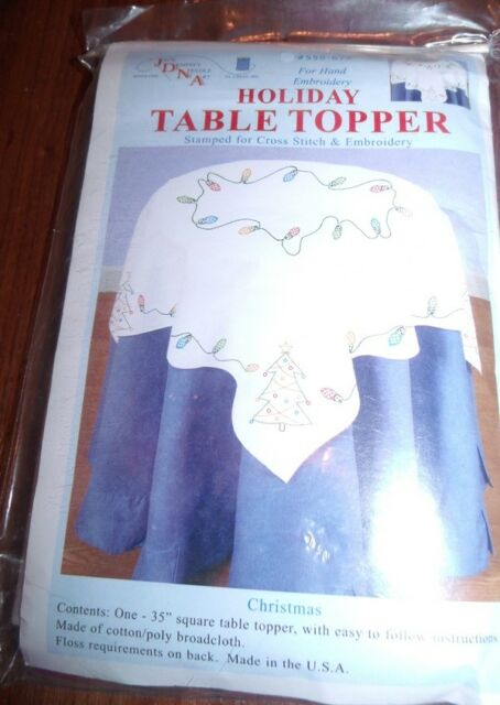 Stamped White Perle Edge Table Topper 35X35-Christmas