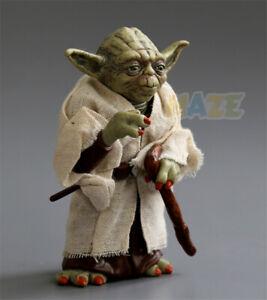 Star-Wars-The-Force-Awakens-Jedi-Master-Yoda-Figure-Model-13cm