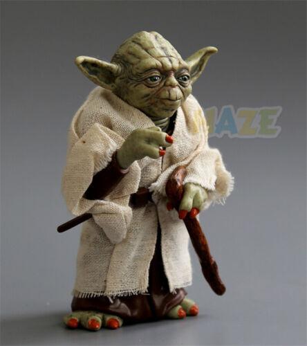Star Wars Le Réveil de la Force Jedi Master Yoda Figurine articulée 13cm